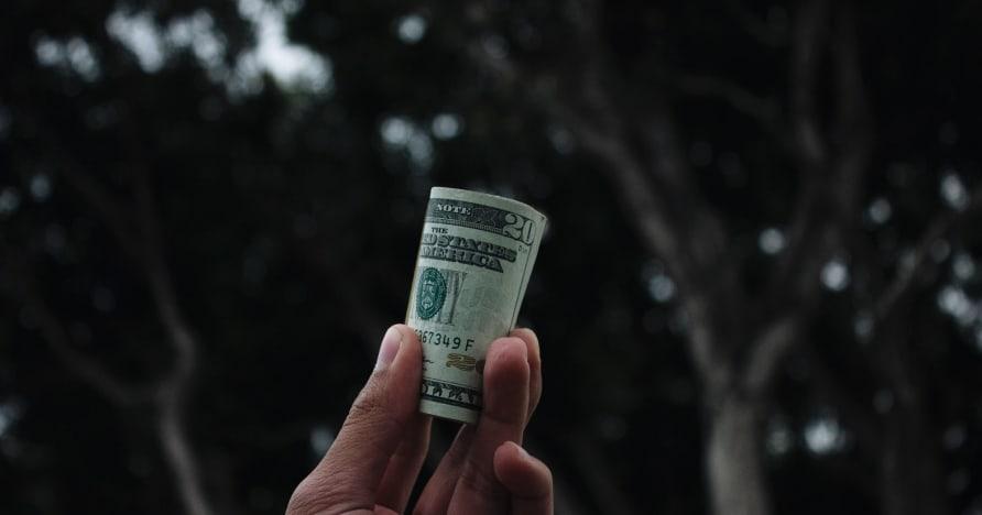 Veebikasiino pangakonto haldamise nipid