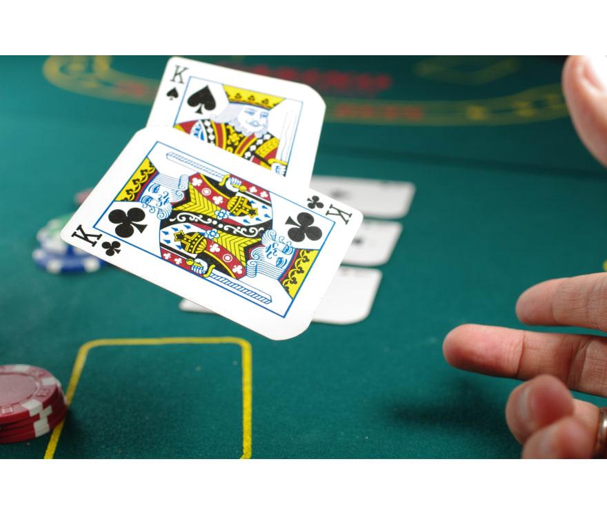 25 parimat Online Casinot, mille mängude hulgas on 2021. aastal Caribbean Stud